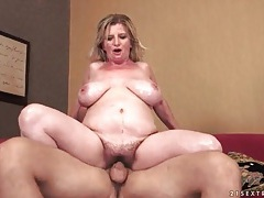 Big mature tits and tight pussy fucked tubes