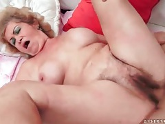Hairy grandma cunt fucked by hard dick tubes