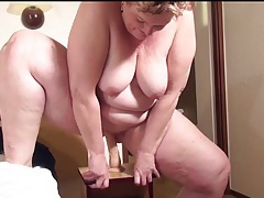 Mature bbw moans and fucks a dildo tubes