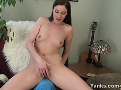Sexy milf samantha rubbing her pussy tubes