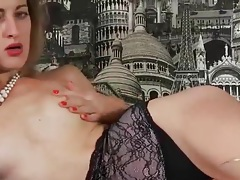 Skinny momma masturbates her hairy cunt tubes