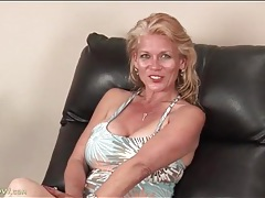 Big titty daytona daniels strips and masturbates tubes