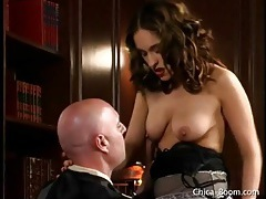 Horny judge licks latina pussy in his chambers tubes