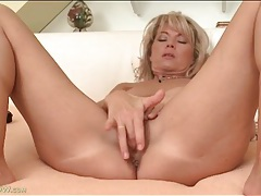 Pussy fingering and clit rubbing blonde milf tubes