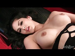 Sunny leone fondles her tits and rubs her pussy tubes
