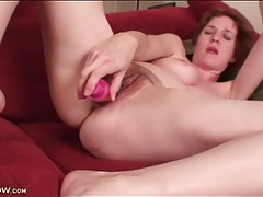 Dildo screws tight pussy of horny mature tubes