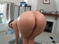 Fat ass of caroline pierce is super hot tubes