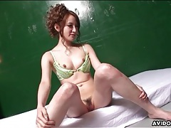 Toys vibrate tits and pussy of lithe japanese girl tubes