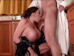 Big tits slut sucking hard dick in the kitchen tubes