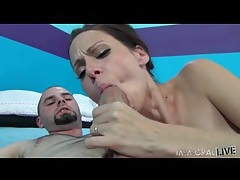 Milf slut mckenzie lee gives a sexy blowjob tubes