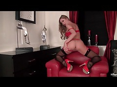 Heels and stockings are sexy on babe sammi tye tubes