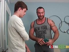 Sexy bear blown by a cute young guy tubes