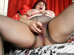 Chubby moms with big tits having solo sex tubes