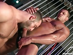 Muscular guys star in deepthroat bj video tubes
