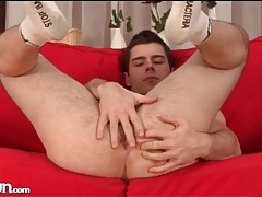 Athletic young body is sexy on stripping guy tubes