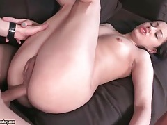 Wet asshole sits on a dick and gets fucked tubes