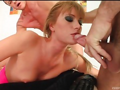 Cocksucker in black gloves gets facial cumshots tubes