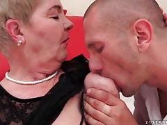 Granny wears lace top in foreplay video tubes