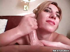 Hotel room handjob from a cute brunette tubes