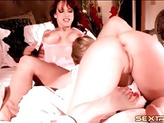 Aggressive kissing and cunt eating with lesbians tubes