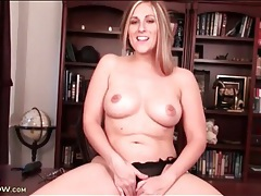 Curvy mom in an office chair masturbates solo tubes
