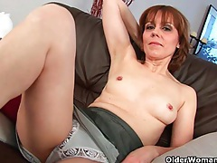 Grandma's pussy is hairy and swollen tubes