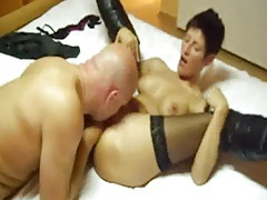 Hot amateur milf fisted by a big bald brute tubes