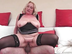 Big butt mature in black stockings fucked tubes