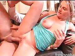 Eating out and screwing a small breasts babe tubes