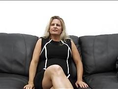 Curvy amateur milf masturbates on casting couch tubes