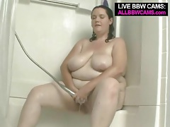 Bbw soaps up her sexy body in the shower tubes