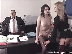 Tongue kissing and erotic fucking in office porn tubes