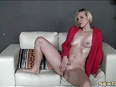Blonde camgirl in sexy leopard print panties tubes