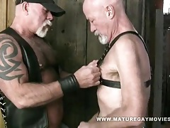 Muscle daddy mac brody bareback his skinny friend tubes