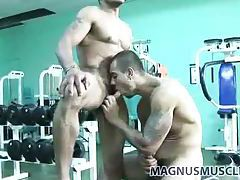 Hot guys hardcore anal sex in the gym tubes