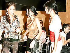 Sexy girls wrestling tubes
