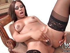 Beautiful solo black girl in stockings masturbates tubes