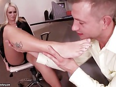 Sucking toes of sexy emily austin tubes