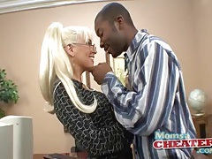Milf gives good head to big black cock tubes