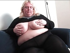 Bbw strips from black pantyhose and masturbates tubes