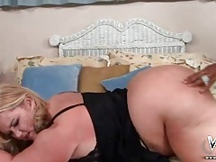 White bbw ends over in bed for black cock tubes