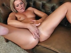 Hot blonde mature finger fucks her cunt tubes