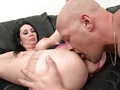 Beautiful milf rimmed out and sucking dick tubes