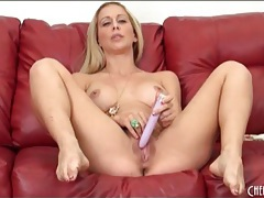Naked milf cherie deville loves her vibrator tubes