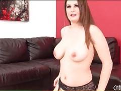 Curvy hottie in stockings and heels masturbates tubes