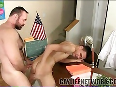 Thick bear teacher fucks twink in classroom tubes