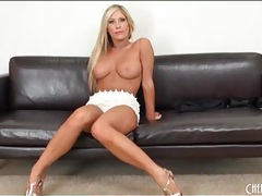 Tanned tasha reign looks amazing in heels tubes