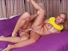 Curvy girl gently sits her cunt on a cock tubes