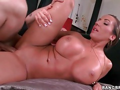 Big lips and tits on hot cocksucking milf tubes