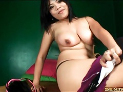Pretty asian strips and masturbates her cunt tubes
